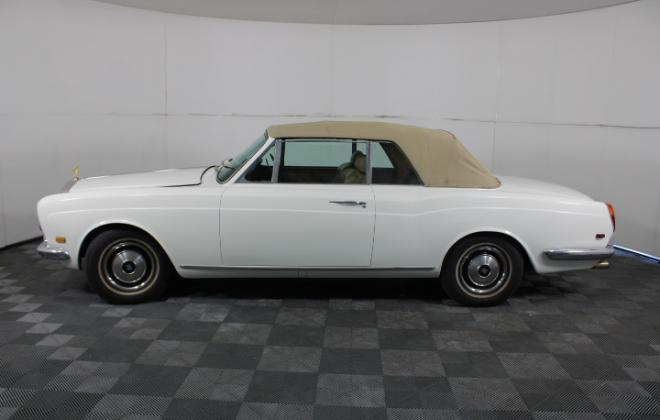 1971 Corniche Australia sold auction (11).jpg