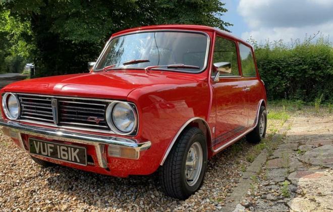 1971 Mini Clubman GT red UK images restored pics (10).jpg