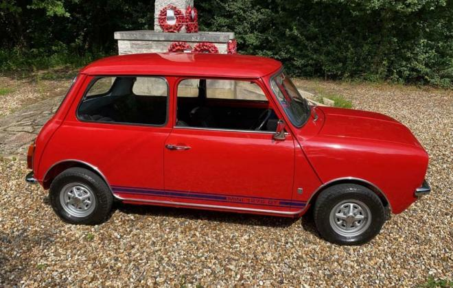 1971 Mini Clubman GT red UK images restored pics (2).jpg
