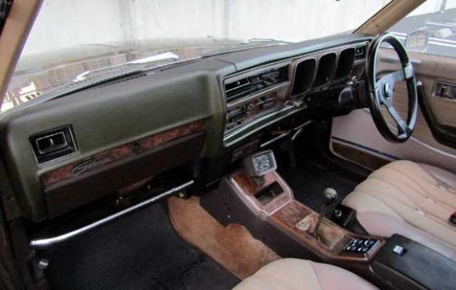 1973 Nissan Gloria 230 Series 2 door hardtop coupe images Japan 260C (12).jpg
