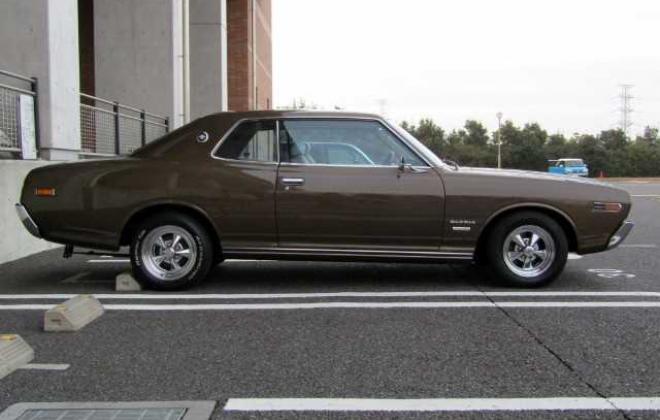 1973 Nissan Gloria 230 Series 2 door hardtop coupe images Japan 260C (4).jpg