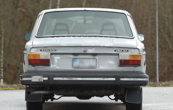 1978 242 GT Volvo rear images.png