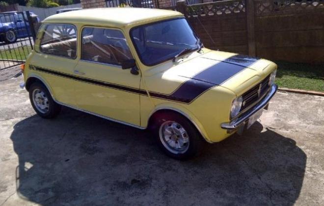1978 Leyland Mini GTS South Africa Yellow paint black stripe (2).jpg