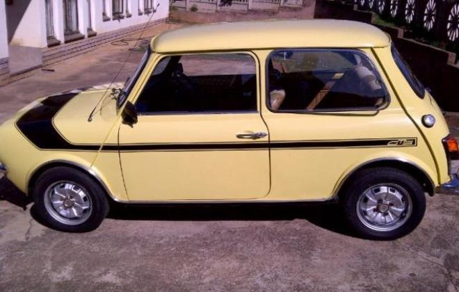 1978 Leyland Mini GTS South Africa Yellow paint black stripe (7).jpg