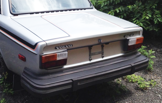 1978 Volvo 242 GT rear end image.png