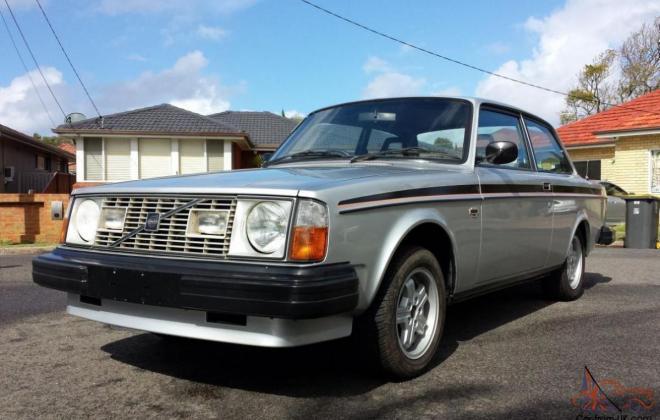 1979 Volvo 242 GT AUstralia silver coupe 2 door images (1).jpg
