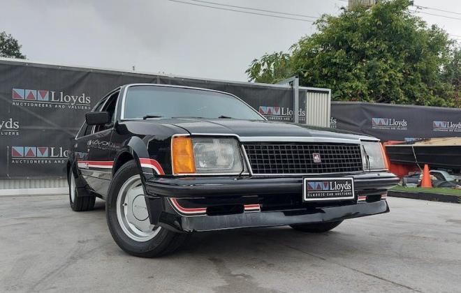 1980 VC Holden Commodore HDT Tuxedo Black V8 manual (1).jpg