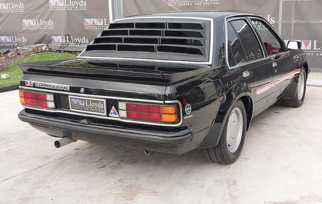 1980 VC Holden Commodore HDT Tuxedo Black V8 manual (11).jpg