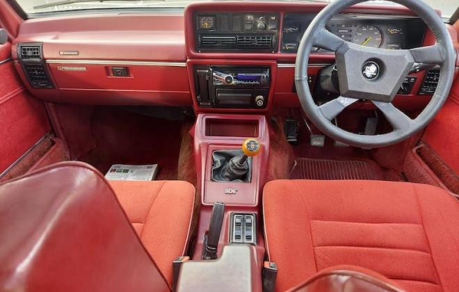 1980 VC Holden Commodore HDT Tuxedo Black V8 manual (15).jpg