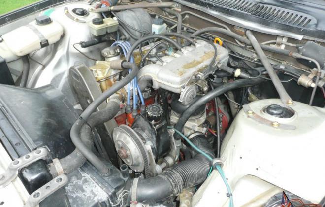 1980 Volvo 242 GT with quad headlamps Australian delivered car images (12).jpg