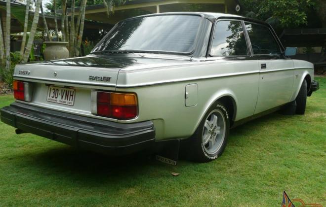 1980 Volvo 242 GT with quad headlamps Australian delivered car images (3).jpg
