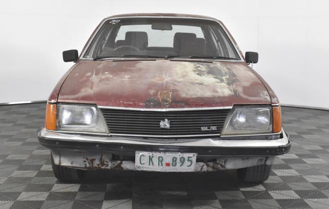 1981 VH Commodore SL-E Holden two tone image (2).jpg