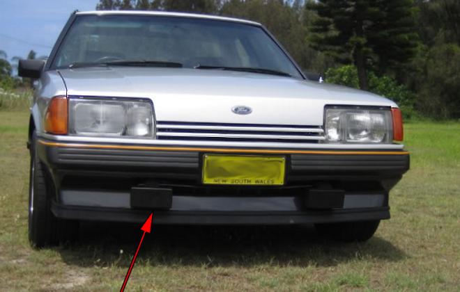 1982 Ford Fairmont Ghia XE ESP  (1).png