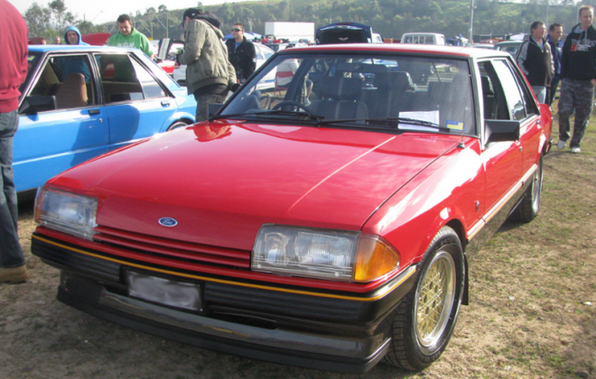1982 Ford Fairmont Ghia XE ESP Monza Red paint code K (1).png