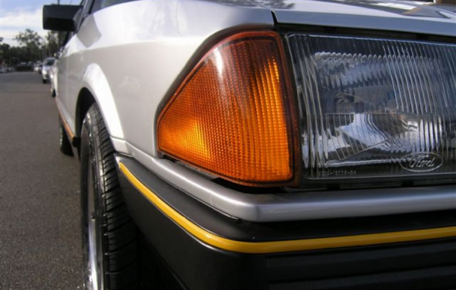 1982 Ford Fairmont Ghia XE ESP Silver Grey over Charcoal image (3).png
