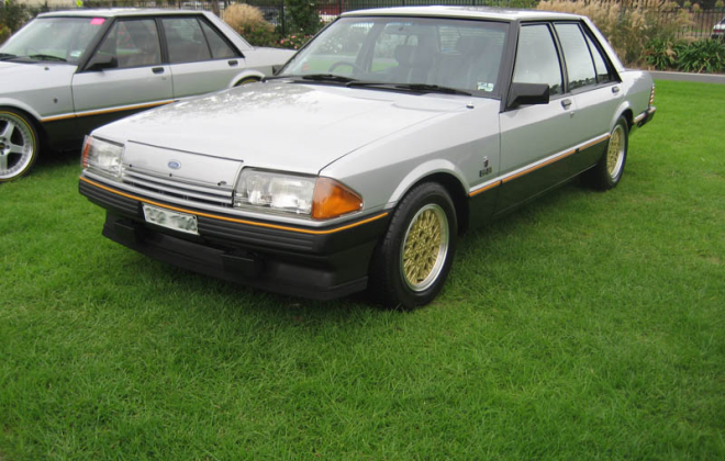 1982 Ford Fairmont XE ESP Silver Grey over Charcoal - paint code 4 (1).png
