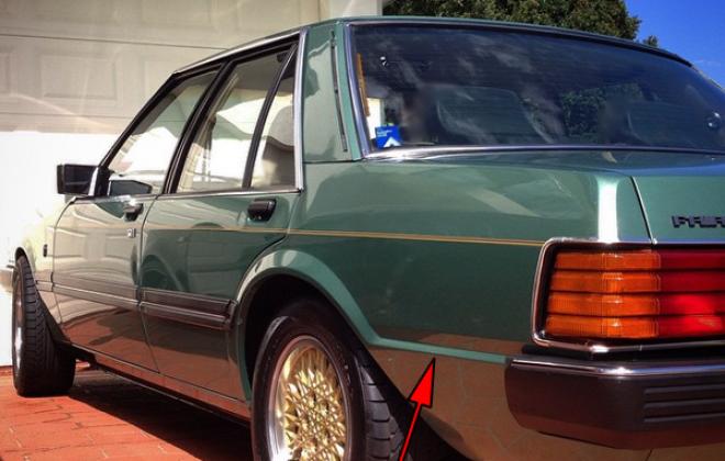 1983 Ford XE ESP Fairmont Ghia Jade Green rear.png