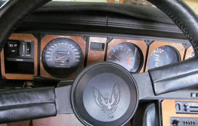 1983 Pontiac Firebird Trans-Am 25th Anniversary Daytona 500 pace car (18).jpg