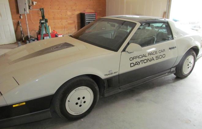 1983 Pontiac Firebird Trans-Am 25th Anniversary Daytona 500 pace car (22).jpg