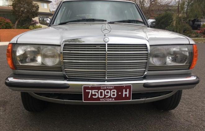 1985 Mercedes W123 250 Long Wheel Base factory limousine images Australia (4).jpg