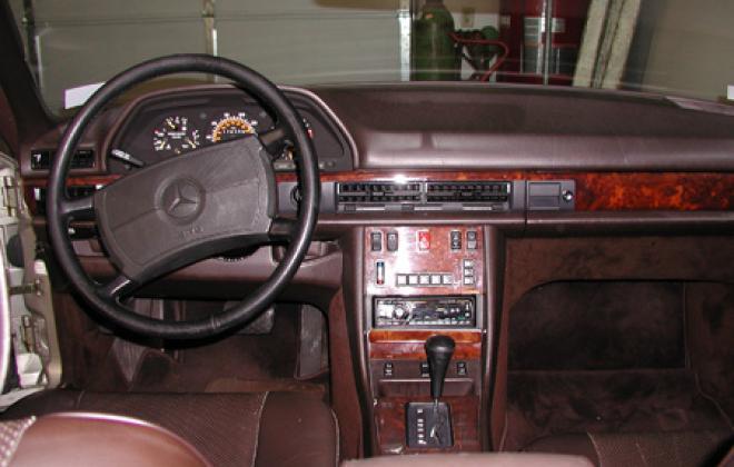 1987 560 SEC Interior brown.jpg