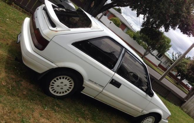 1988 Mazda Familia BF GT-X Hatch white images (1).jpg
