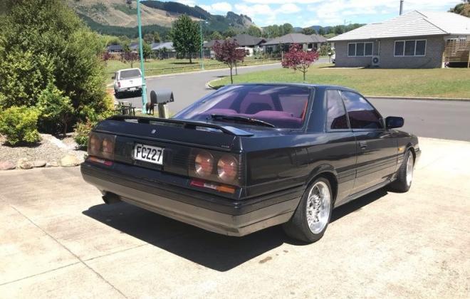 1988 Nissan Skyline GTS-X R31 black on grey images (1).jpg