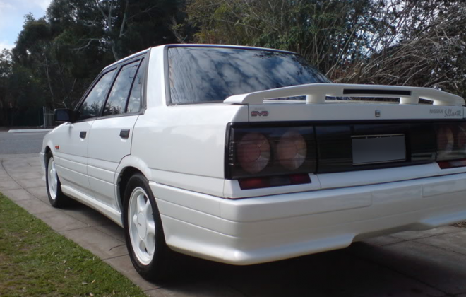 1989 1990 Nissan Skyline R31 GTS2 SVD Silhouette Tasmanian Police white images (2) copy.png