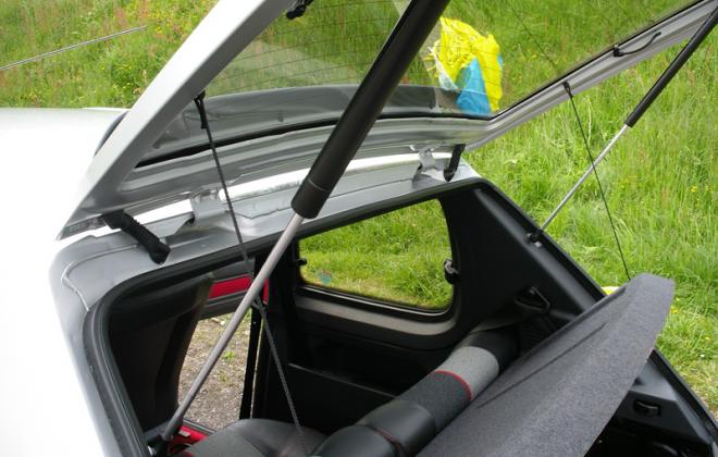 1989 205 GTI trunk lid.png