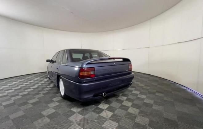1991 VN Commodore HDT Aero V8 sedan images Blue (2).jpg