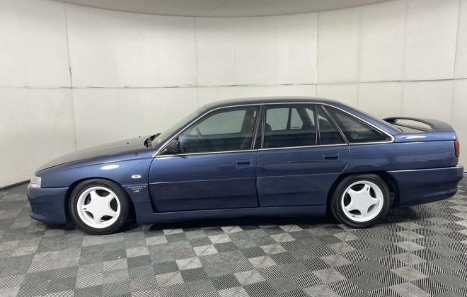1991 VN Commodore HDT Aero V8 sedan images Blue (20).jpg