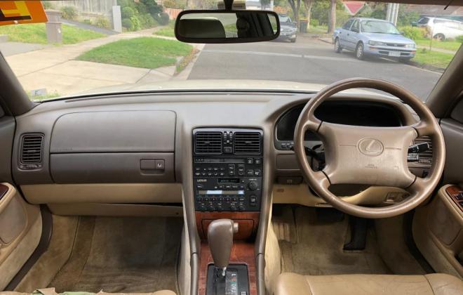 1993 Lexus LS400 Sedan white Australia images (2).jpg