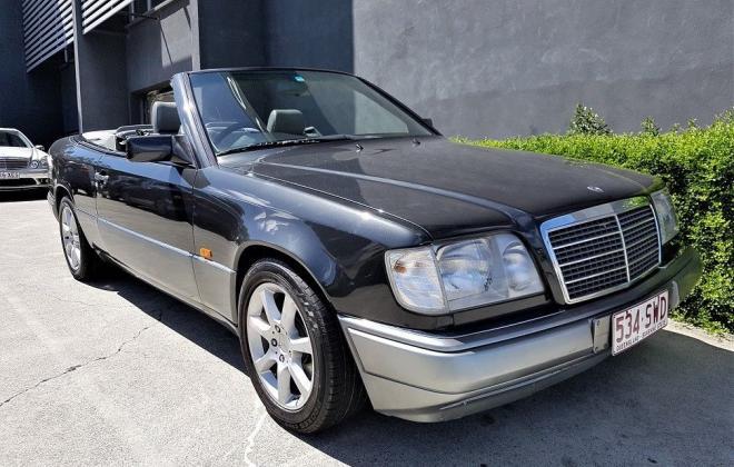 1993 Mercedes W124 E320 Cabriolet black on grey images (1).jpg