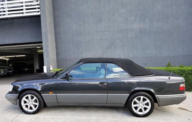 1993 Mercedes W124 E320 Cabriolet black on grey images (4).jpg