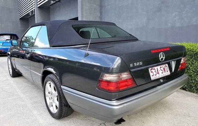 1993 Mercedes W124 E320 Cabriolet black on grey images (6).jpg