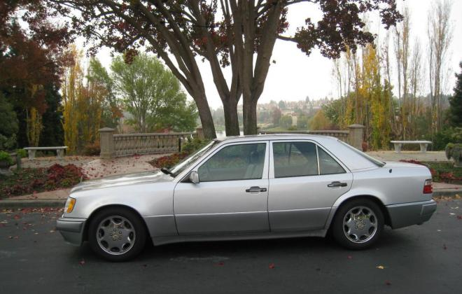 1994 Mercedes W124 500E silver metallic USA (1).jpg