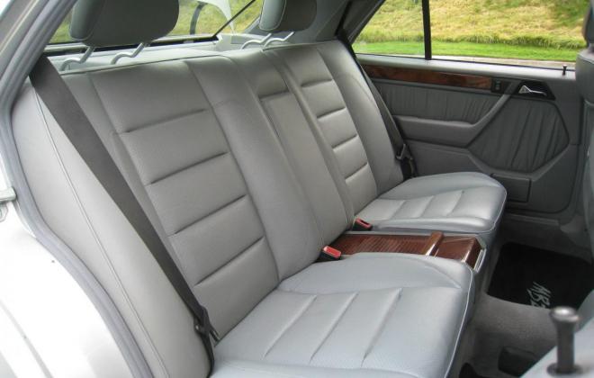 1994 Mercedes W124 500E silver metallic USA (17).jpg