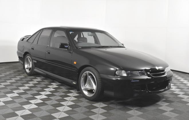 1995 Black HSV VS GTS manual sedan australia images (2).jpg