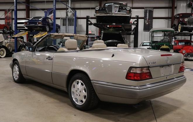1995 Mercedes W124 E320 Cabriolet convertible smoke silver images (1).jpg
