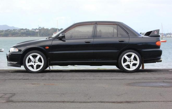1995 Mitsubishi Lancer Evolution II Evo 2 Evo II black images (7).jpg