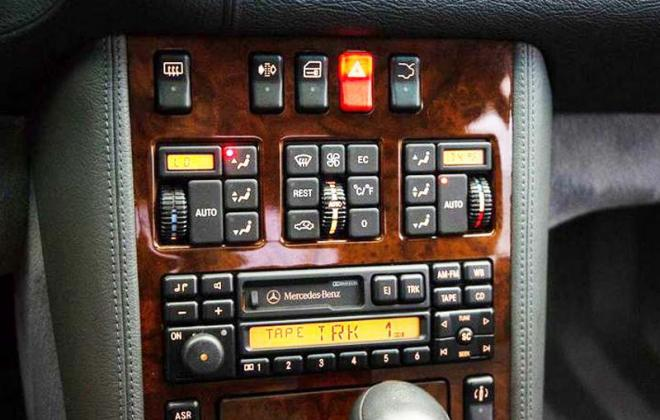 1995 early dashboard AC controls images CL500 with leather dash trim option copy.jpg