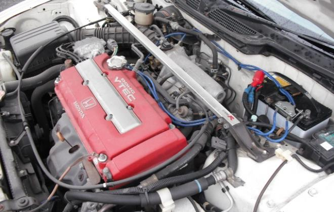 1997 engine bay.JPG