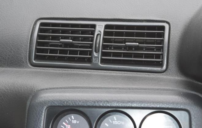 2 R32 GTR V-Spec II Crystal White interior images 1994 (2).jpg