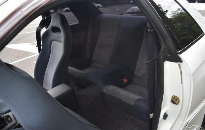 2 R32 GTR V-Spec II Crystal White interior images 1994 (9).jpg
