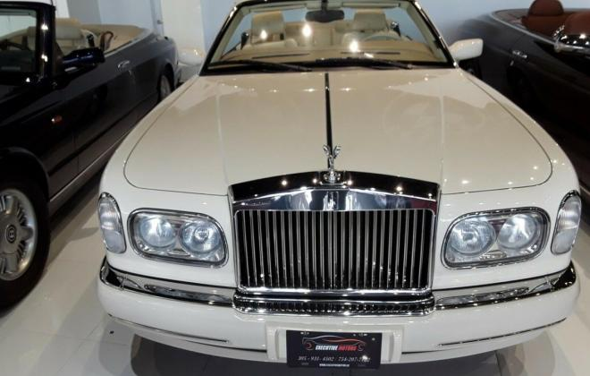 2000 Roills Royce Corniche white paint images Dec 2020 (15).jpg