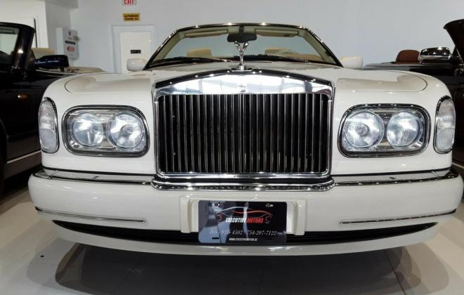 2000 Roills Royce Corniche white paint images Dec 2020 (16).jpg