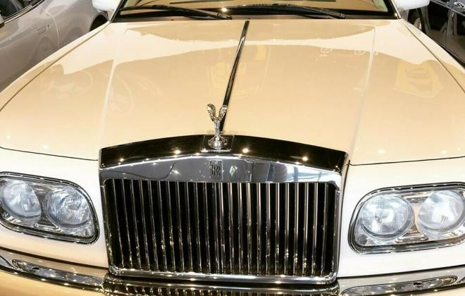 2000 Roills Royce Corniche white paint images Dec 2020 (2).jpg