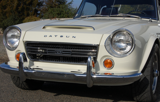 2000 datsun front.png