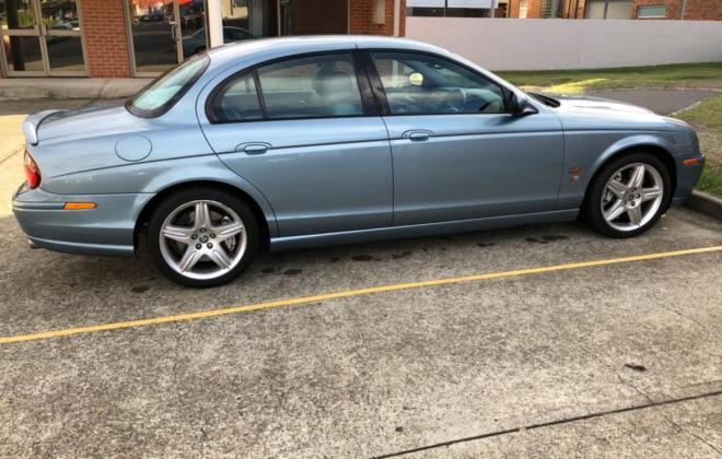 2003 Jaguar S-Type R V8 Supercharged Blue UK import to Australia (2).jpg