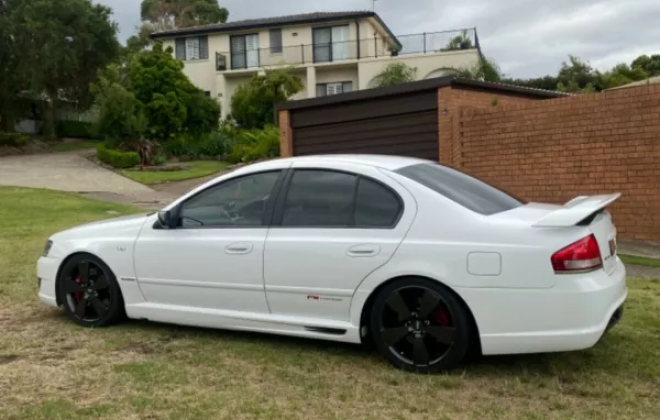 2007 Ford BFII Falcon F6 Typhoon R Spec in winter white images (4).png